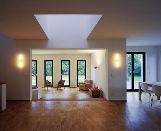 projekte im detail: atriumhaus ii - Grose Fenster Wohnzimmer